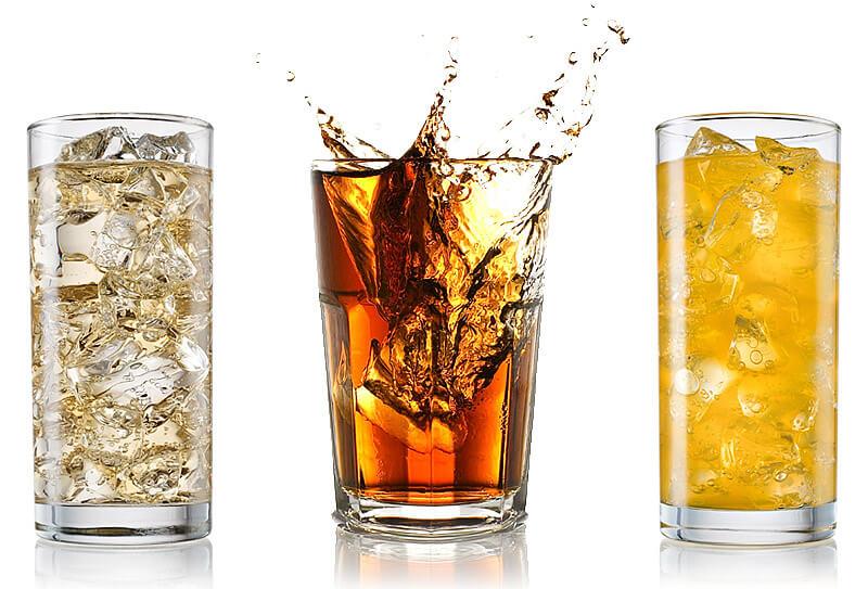 Eistees und Erfrischungsgetränke