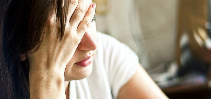 Kopfschmerzen: Arten, Ursachen & Ratgeber