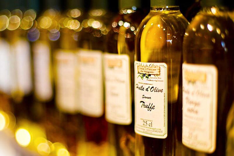 Olivenöl mit Trüffel - gute Fette, schlechte Fette - unterscheiden