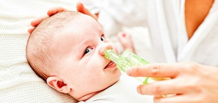 Nasensauger macht Schnupfensaison für erkältete Kinder erträglicher