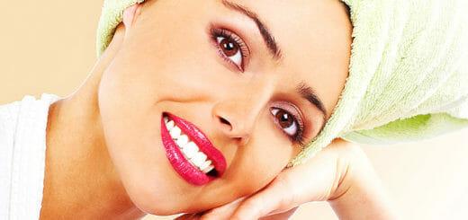 Zähne bleichen: Bleichmittel können Nebenwirkungen haben