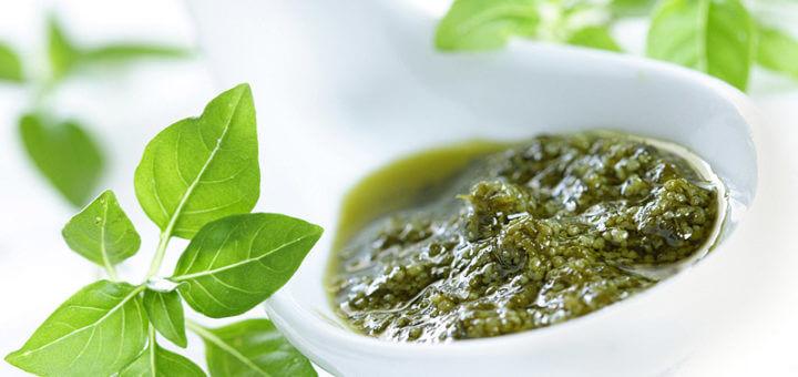 Basilikumpesto (Pesto alla Genovese) | Rezept
