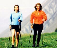 Nordic Walking voll im Trend: Top-fit in leichtem Schritt