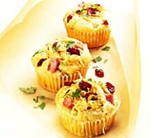 Sauerkraut-Cranberry-Muffins