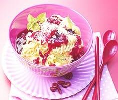 Eis-Spaghetti mit Cranberries