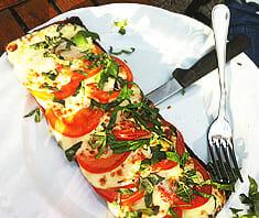 Tomaten-Mozzarella Brote überbacken | Rezept
