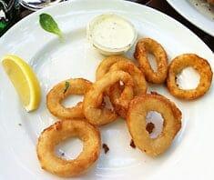 Calamari Fritti – gebratene Tintenfischringe | Rezept