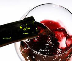 Sodbrennen und Alkohol | Ratgeber
