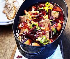 Borschtsch (Rote Rüben Suppe) | Rezept