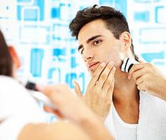 Rasur und Pflege