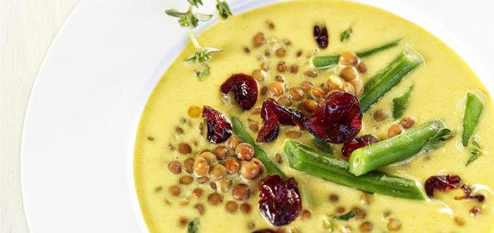 Grüne Linsensuppe | Rezept mit Cranberries