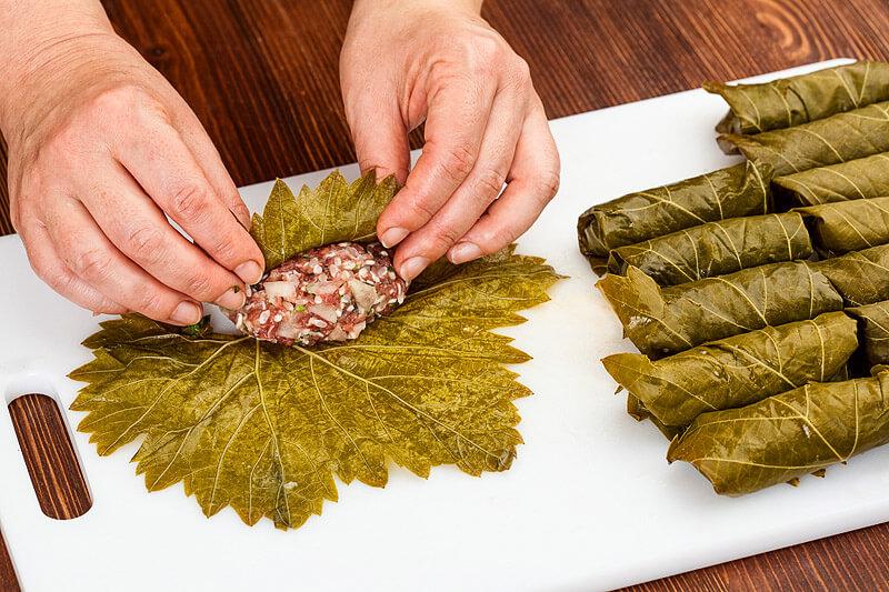 Gefüllte Weinblätter mit Fleischfüllung