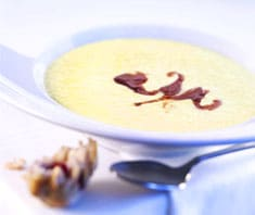 Lauch-Cheddar-Suppe mit Cranberry-Ketchup