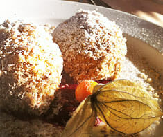 Süße Maroniknödel mit Zimt | Rezept