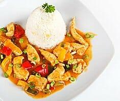 Putenfleisch mit Reis Curry