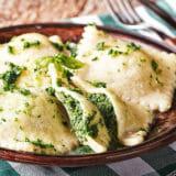Spinat-Ravioli mit Ricotta | Rezept