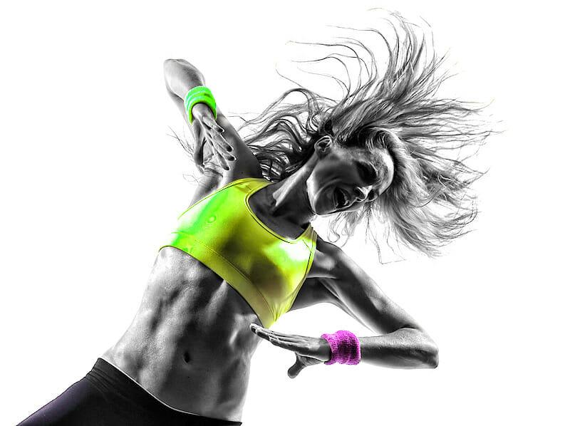 Tänzerin im Einsatz: Sportunterwäsche & Funktionsbekleidung