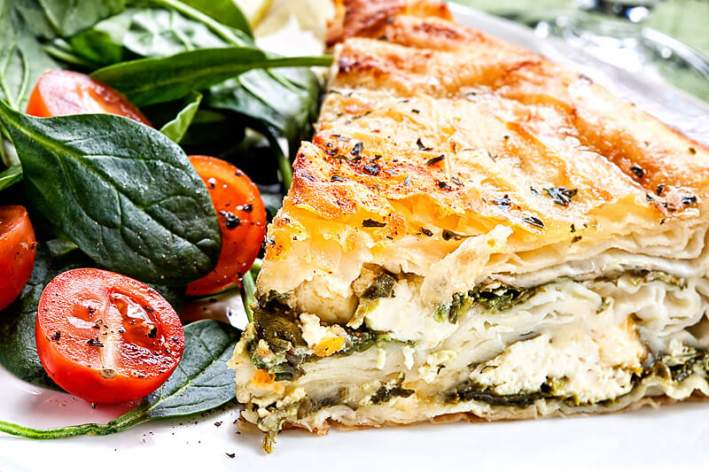 Börek mit Spinat-Feta-Füllung | Rezept