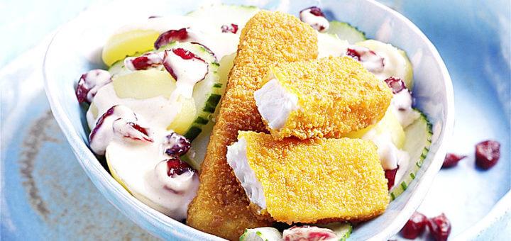 Fischstäbchen mit Cranberry Kartoffelsalat | Rezept