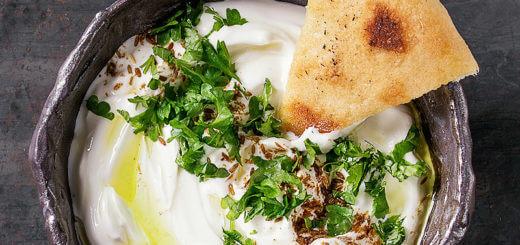 Labneh - libanesischer Frischkäse aus Joghurt | Rezept