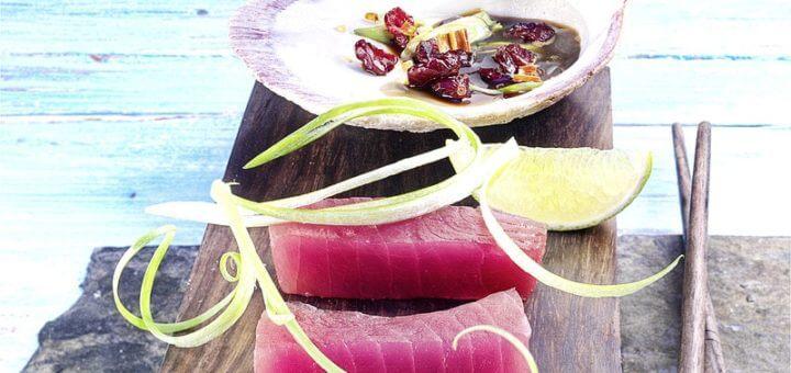 Thunfisch-Sashimi mit Cranberry-Dip | Rezept