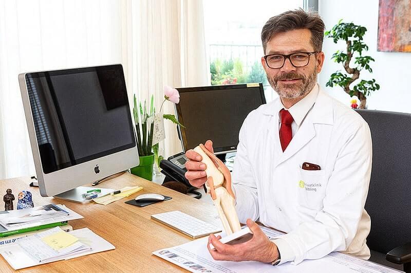 Behandlung eines Knorpelschadens mittels Endoprothese