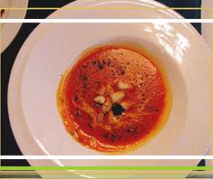 Tomatencremesuppe mit Kokosmilch