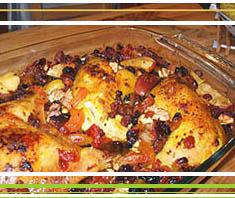 Arabisches Huhn mit Nüssen und Trockenfrüchten
