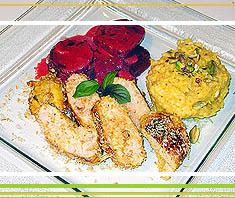 Hühnerbrust im Kokosmatel mit Safranrisotto und Roten Rüben