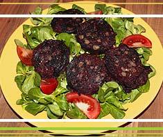 Blunznscheiben auf Blattsalat