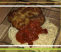 Italienische Parmesan Schnitzel mit Spaghetti