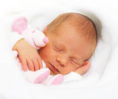 sanfter babyschlaf damit auch die eltern gut schlafen. Black Bedroom Furniture Sets. Home Design Ideas