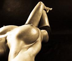 Brustvergrößerung – Körperdesign mit Risiko